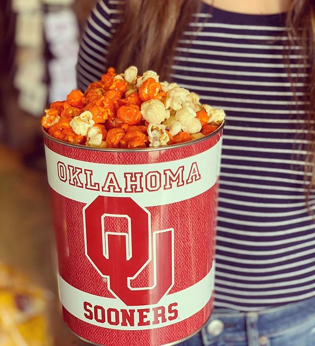 TX vs. OU - Who are pullin' for? @cravepopcornco 🍿🏈