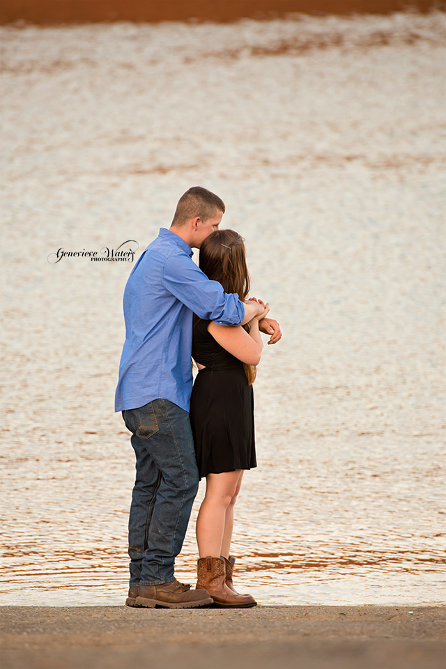 Oroville Photographer | Couples Photographer | Genevieve Waters Photography 5