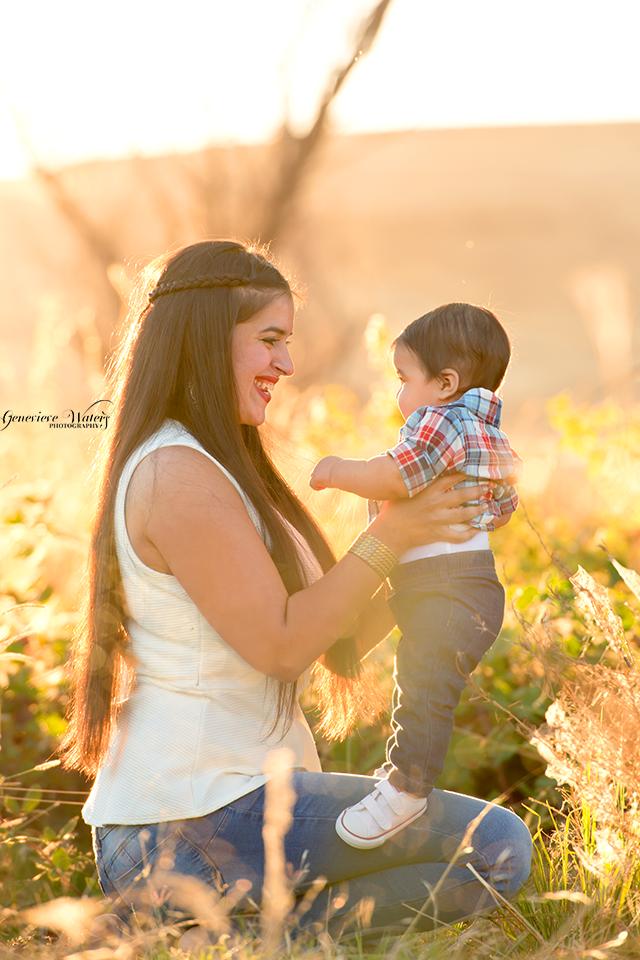 Baby milestone photos | Children's photographer | Fall photo session | Genevieve Waters