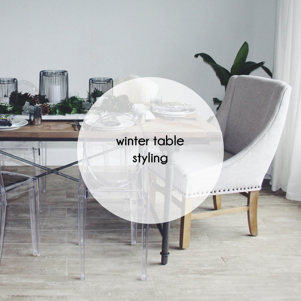 button winter table styling