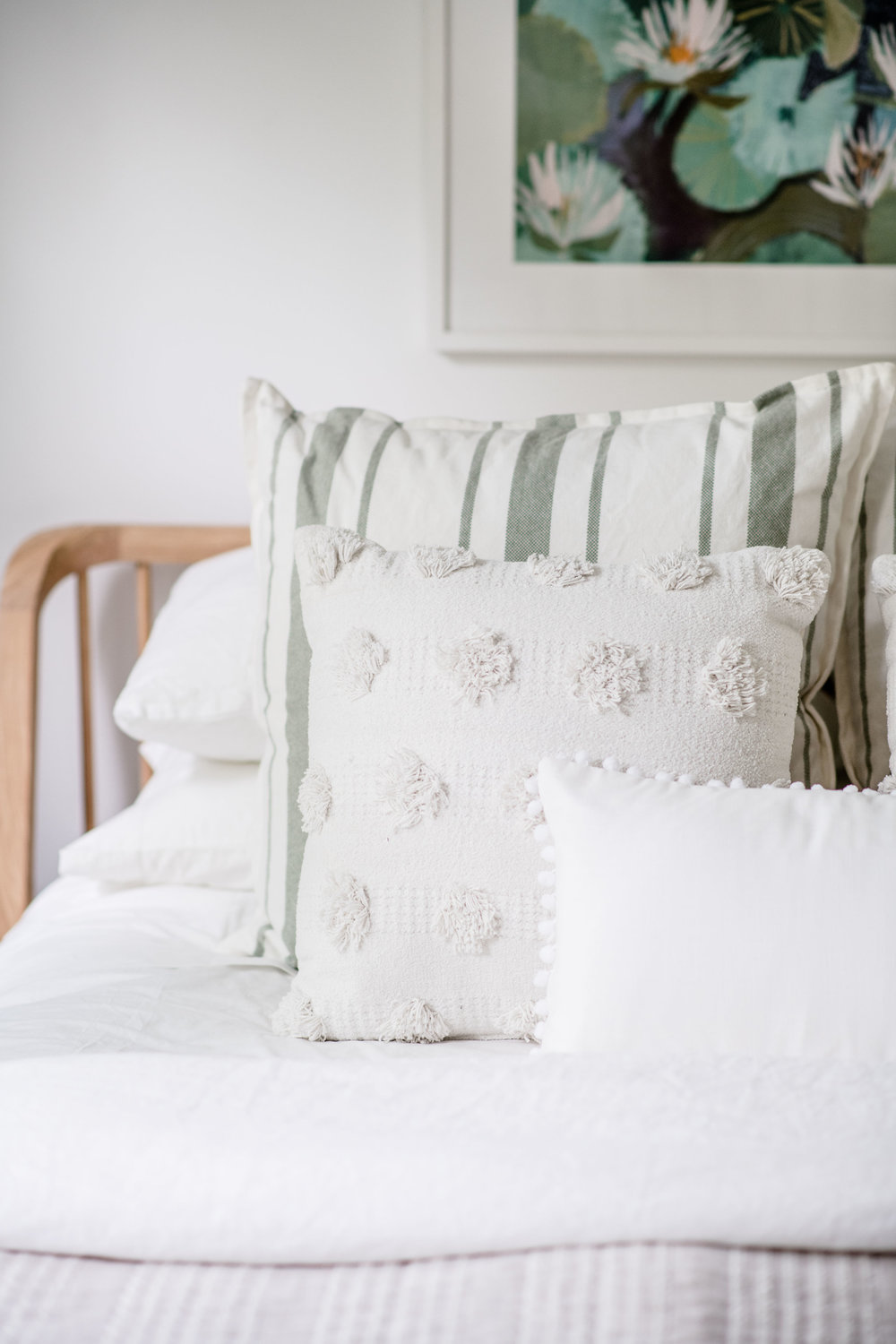 white and green pillows - the habitat collective interior design - #projectpeachy
