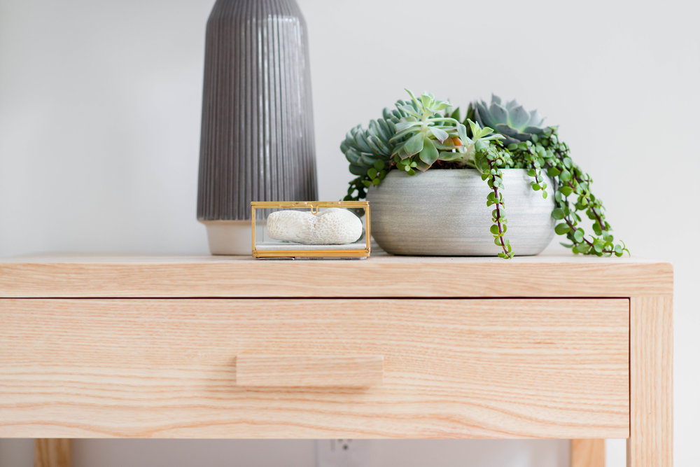 nightstand styling with succulent arrangement - the habitat collective interior design - #projectpeachy