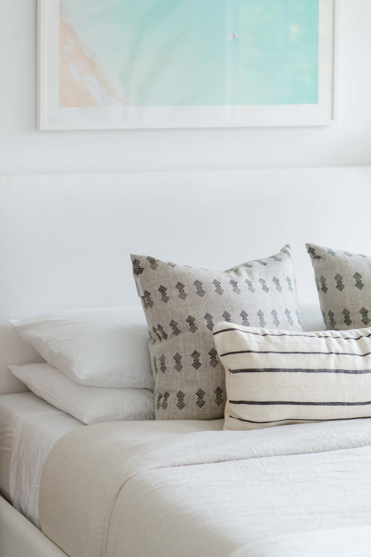 neutral pillows - the habitat collective interior design - #projectpeachy