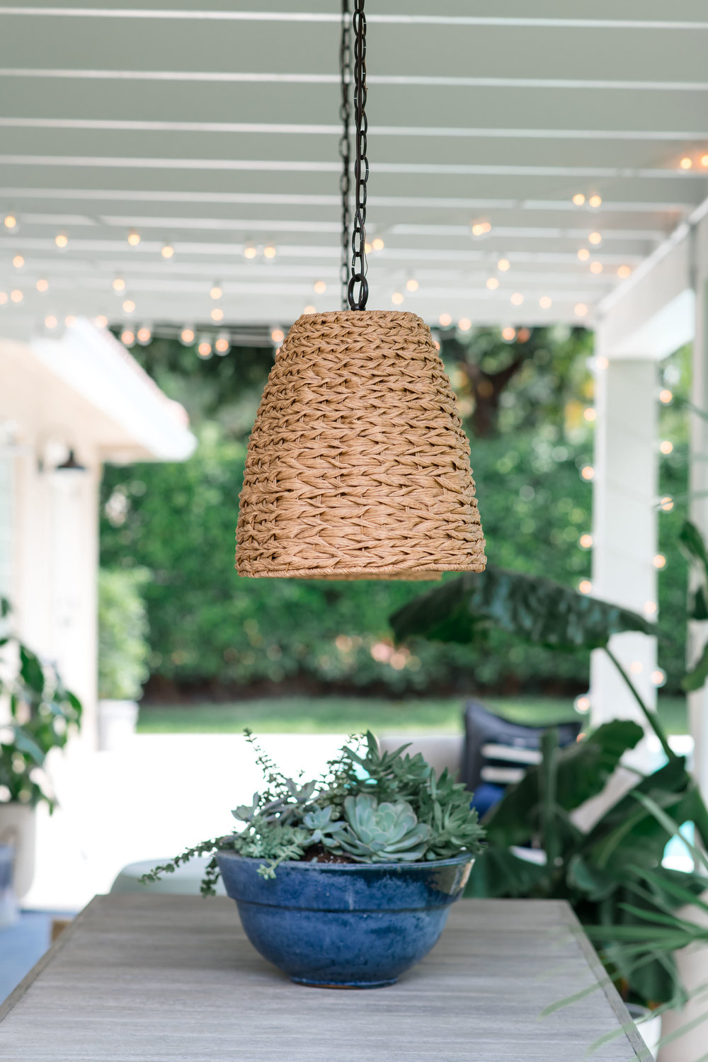 outdoor dining area, rattan pendants   - the habitat collective - project casinha linda