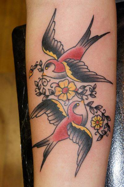 anthony-filo-rochester-tattoo-artist-bird-traditional-small-tattoo.jpg