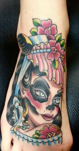 traditional-gypsy-apple-tattoo-rochester-tattoo-shop-anthony-filo.jpg