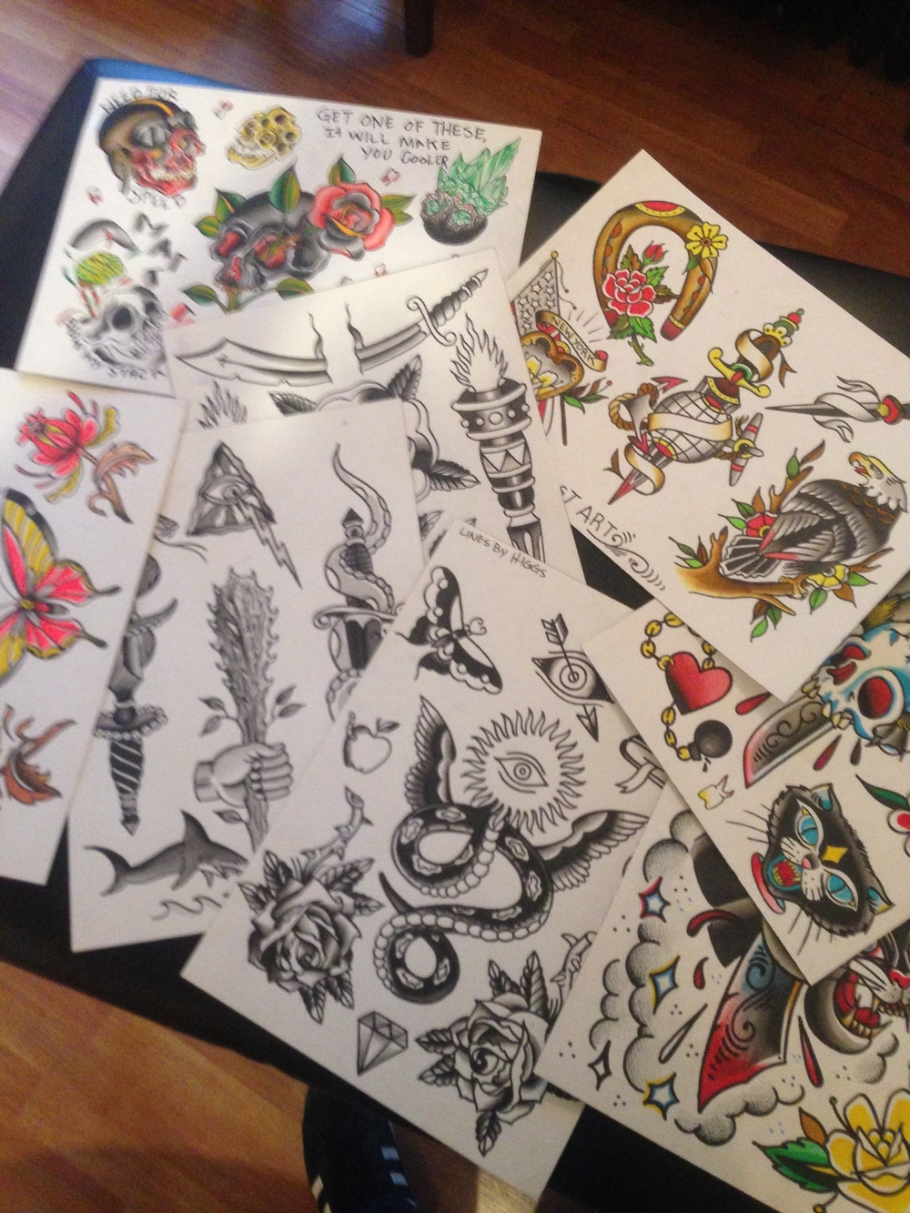 loads of paintings ready to tattoo