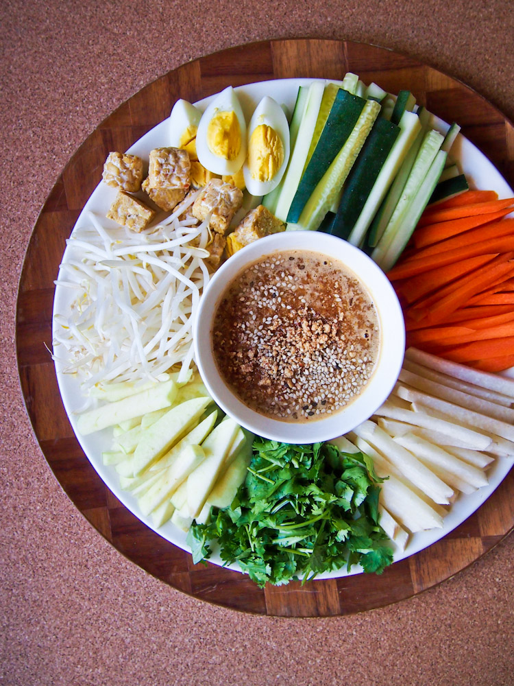 Southeast Asian Vegetable Platter with Peanut Lime Sauce