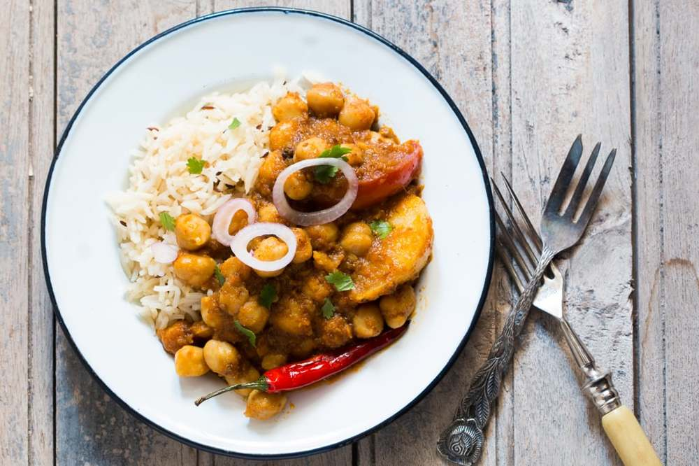 Spicy Chickpeas and Potato Curry (Chana Aloo)