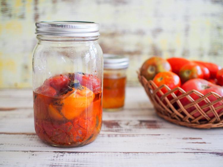 tomato-confit-jar.jpg