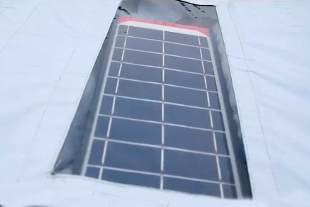 brightbeam-power-pole-panel-in-roof.jpg