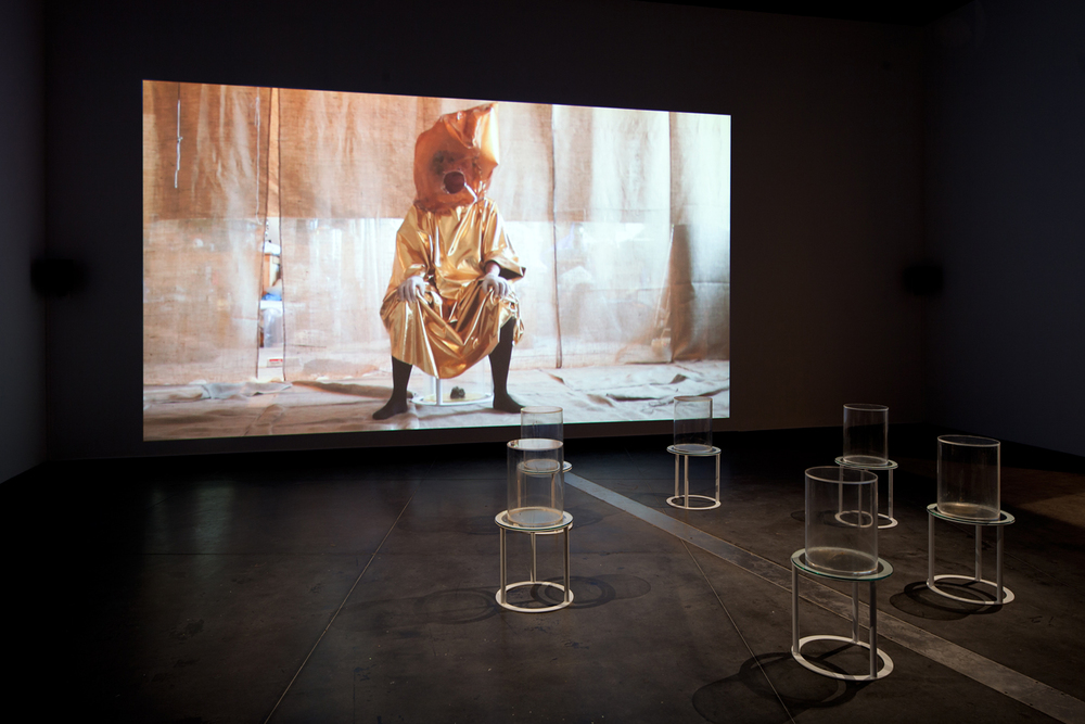 Mikala Dwyer, Goldene Bend'er, 2013, Australian Centre for Contemporary Art, Melbourne