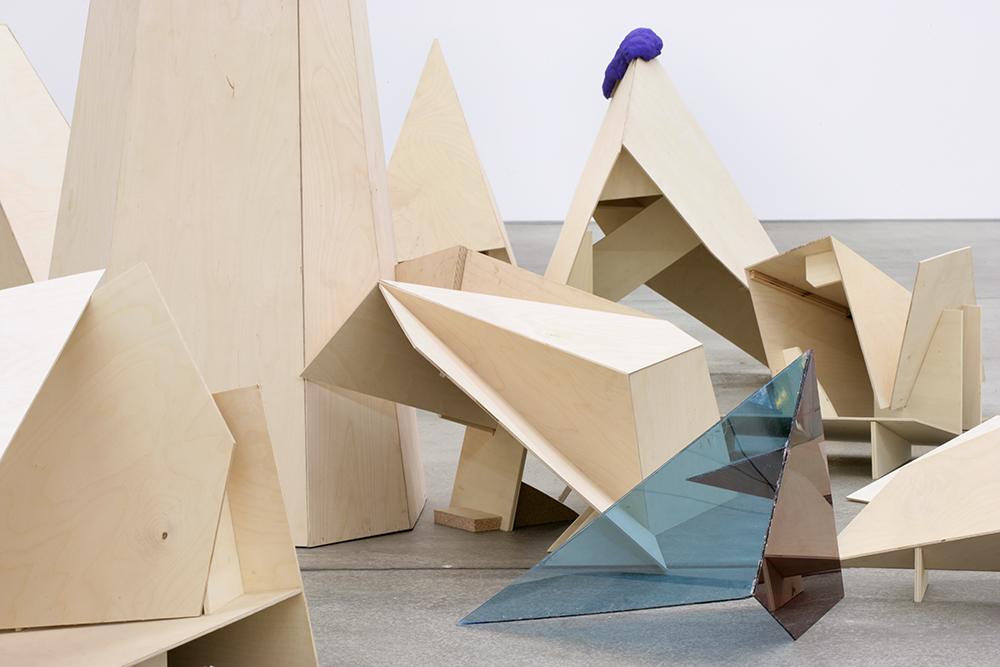 Mikala Dwyer, Black Sun Blue Moon, 2007, Hamish Morrison Galerie, Berlin