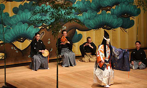 "a noh performance showing the ""SHiTE"" and ""Hayashi"""