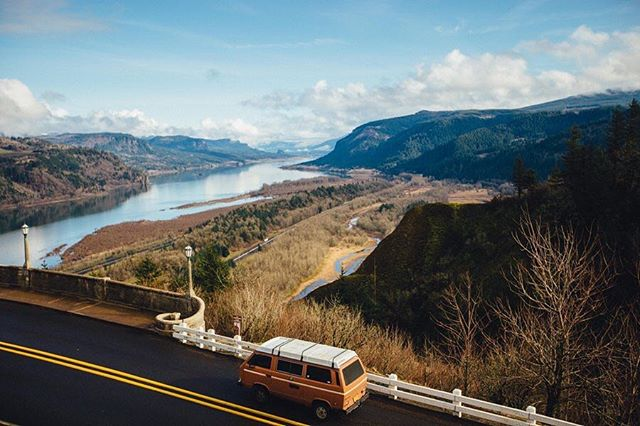 Taking the long way is always a good idea. #vanlife
