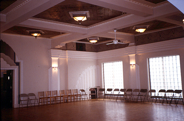 Interior, ballroom (C. Cartwright photo, 2002)
