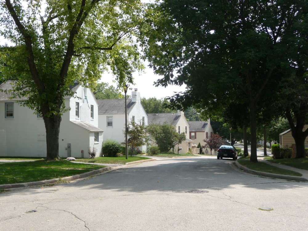 Historic district - Greendale (federal greenbelt town)