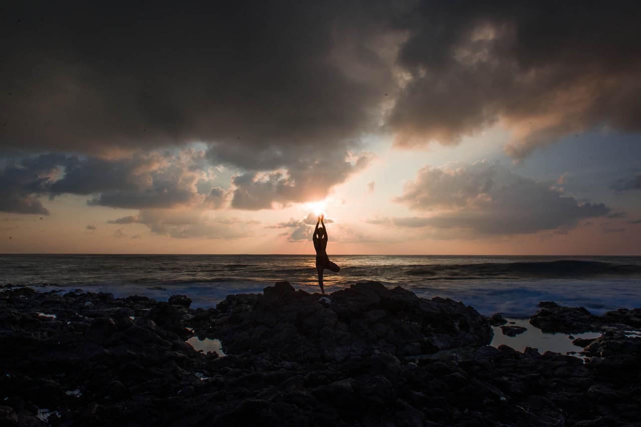 Sunrise at Sandy Beach, Oahu    http://www.facebook.com/CamilliaLeeYoga