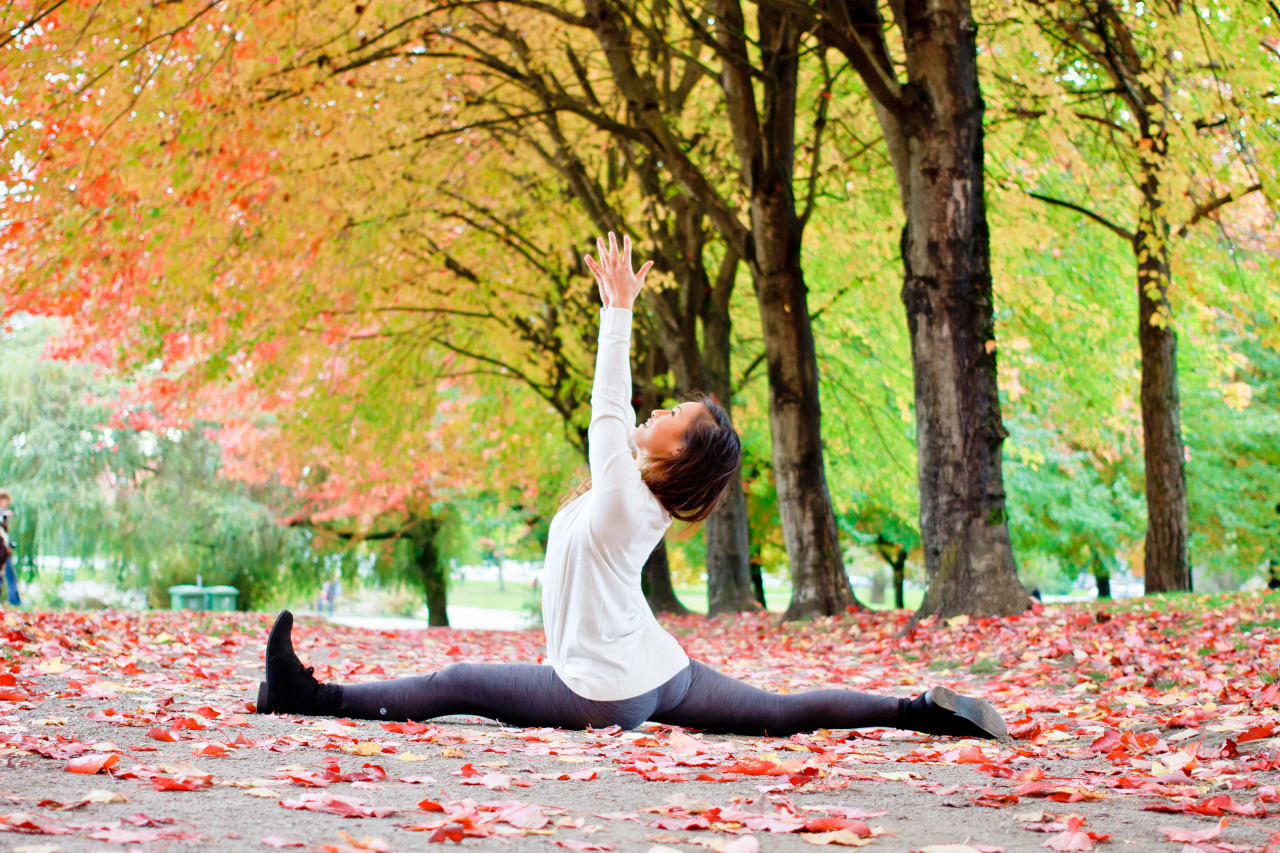 I can smell autumn dancing in the breeze     Hanumanasana | Monkey Pose | Splits Pose  Trout Lake | Vancouver | British Columbia | Canada    Facebook.com/CamLeeYoga