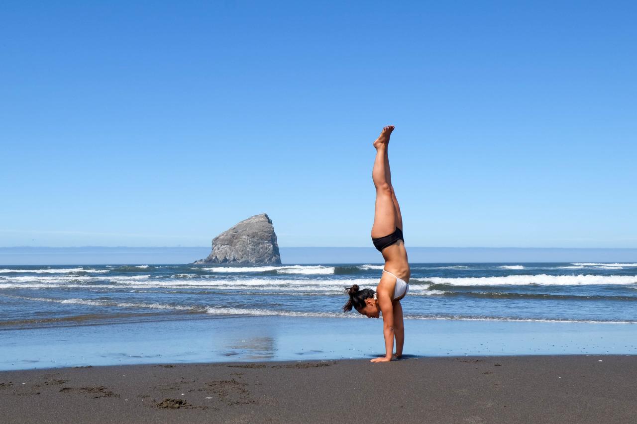 Adho Mukha Vrksasana| Handstand   Oceanside | Oregon Coast | USA