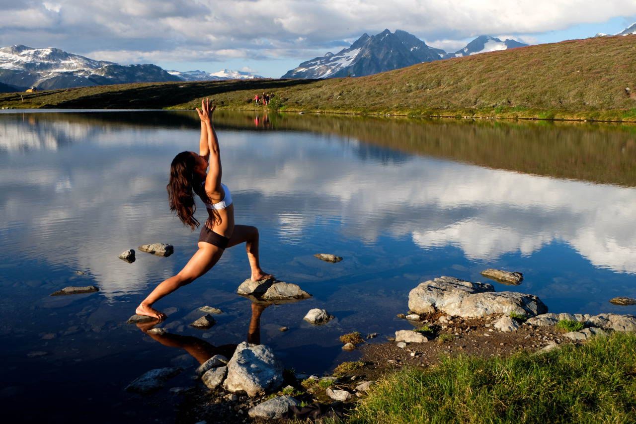 Virabhadrasana II | Warrior II     Elfin Lake | G  aribaldi Provincial Park | British Columbia | Canada