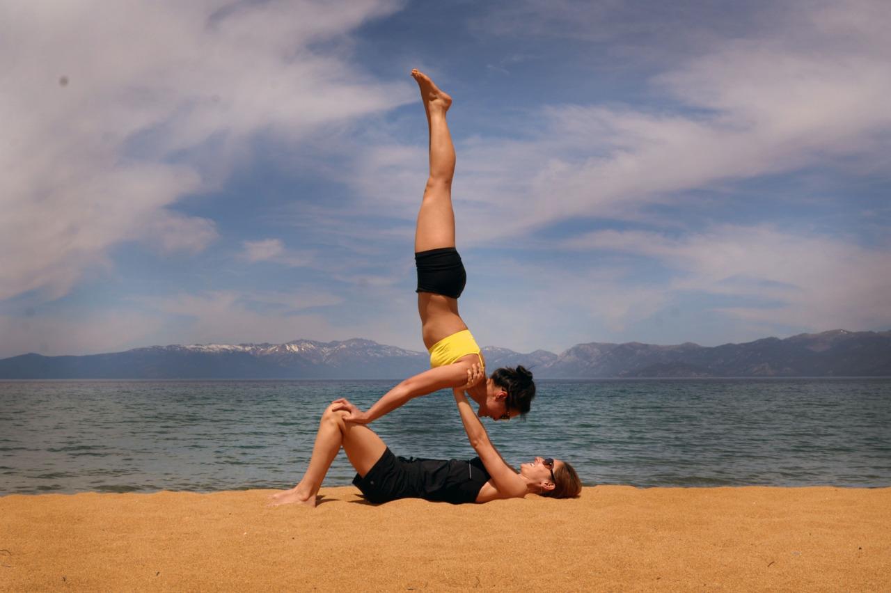 Partner Yoga Love <3