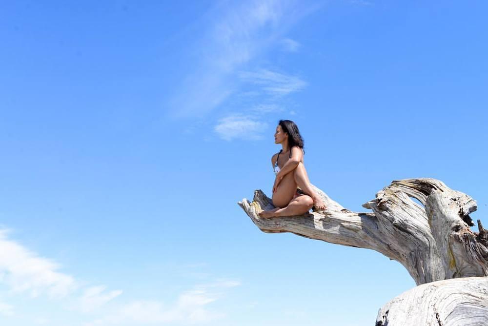 Blue skies    #blue #sky #beach #radgirlslife #namaste #yoga #yogaeverydamnday #flexible #fitfam #fitnesss #yogagram #yogachallenge #instayoga #beginneryoga2015 #onebreathatatime #ashtanga #mysore #thesweatlife #yogapose #yogafitnessinspo #strength #sweat #ashtanga #mysore #yogalove  #explorebc @hellobc #explorecanada #explorevictoria #vancouverisland #vnft