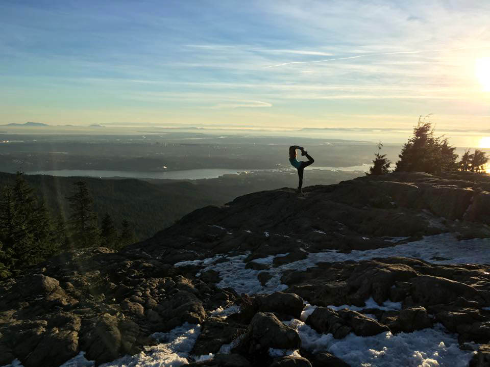 Dancer's Pose  Dog Mountain | Howe Sound | Seymour Mountain | Vancouver | British Columbia  #RebelLeggings and #BambooRacerBack Top by @PublicMyth #publicmyth