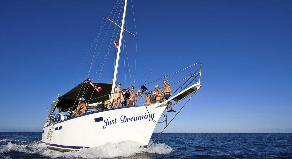 JDP 19 Boat front.jpg