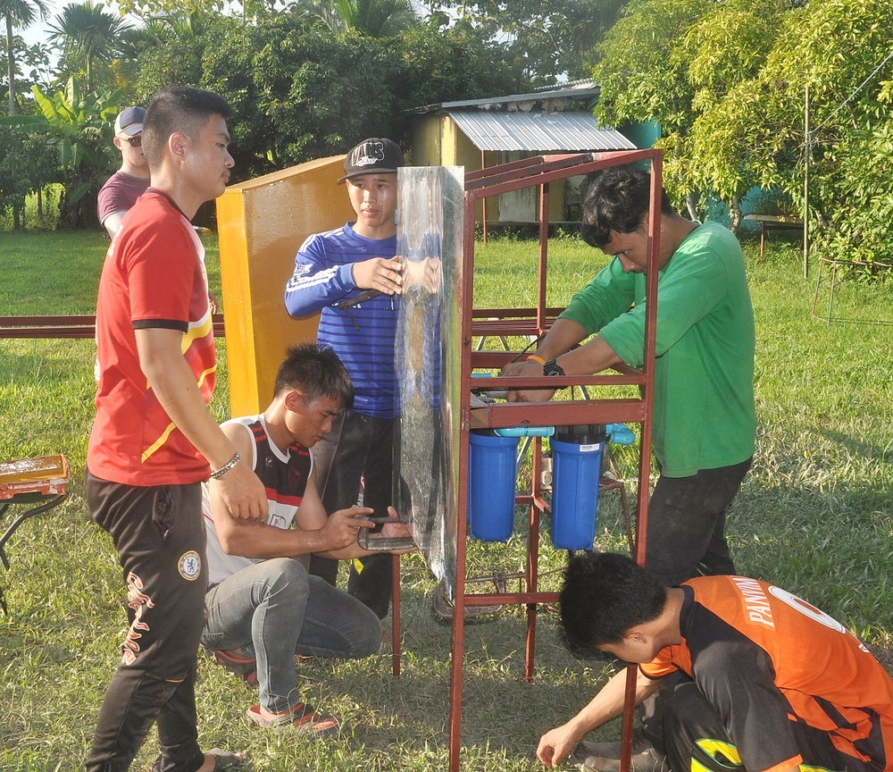 Building a water purification unit for a children's home