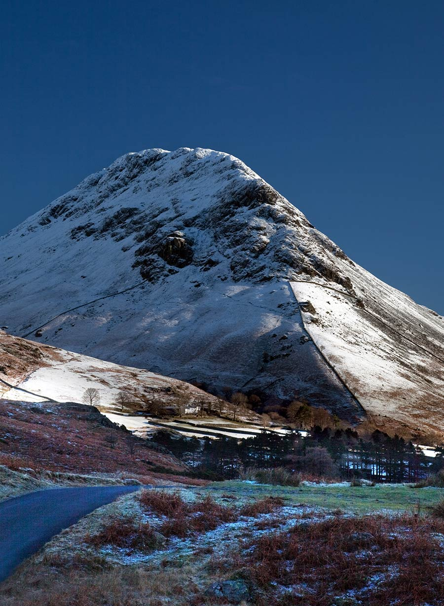 Yewbarrow-in-snow.jpg