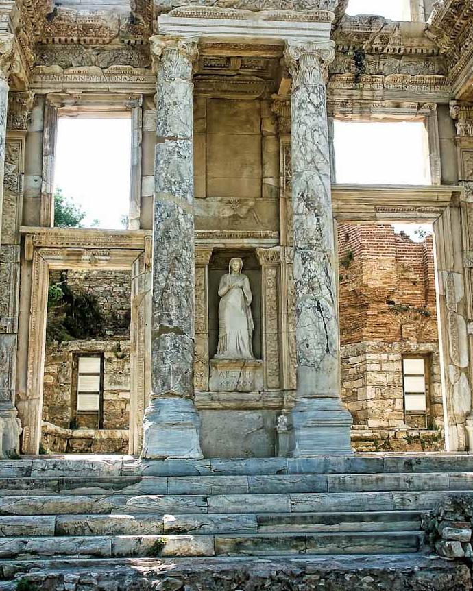 ephesus-ruins-43.jpg