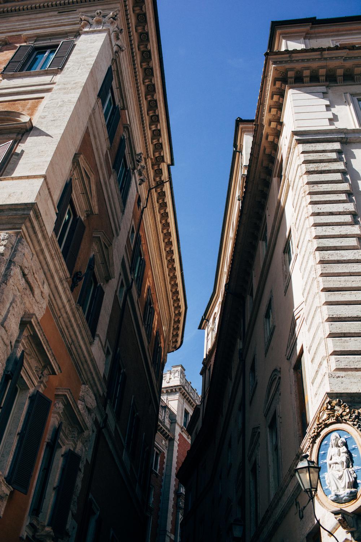 Roma LR-54.jpg