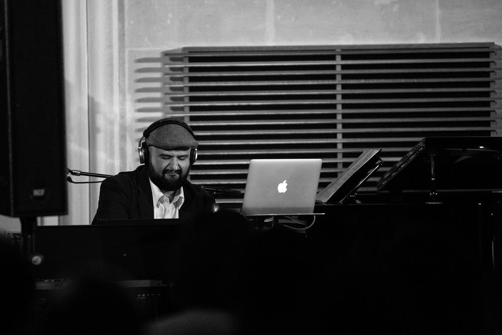 Kris Spiteri: Piano, Keyboards and Vocoder