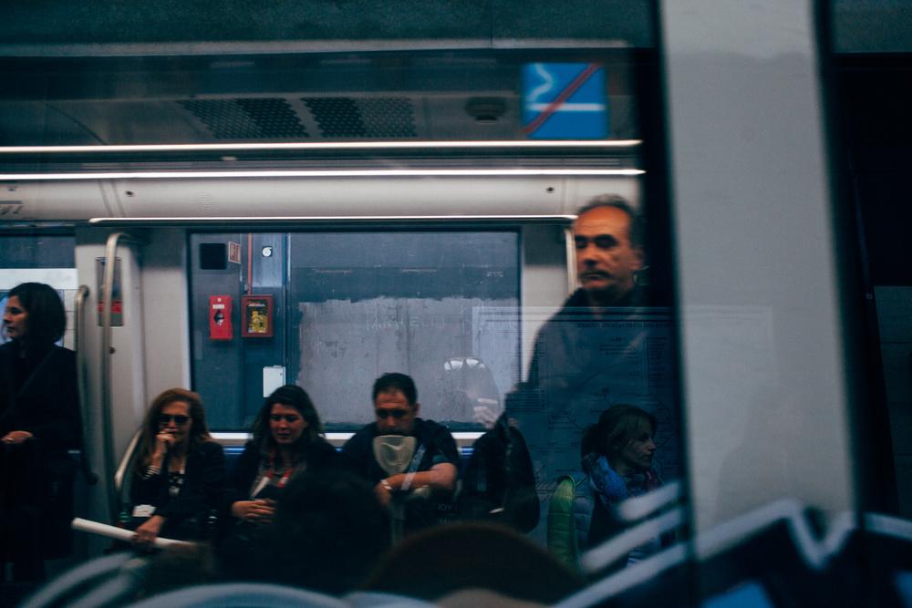 Roma Metro LR-6881.jpg