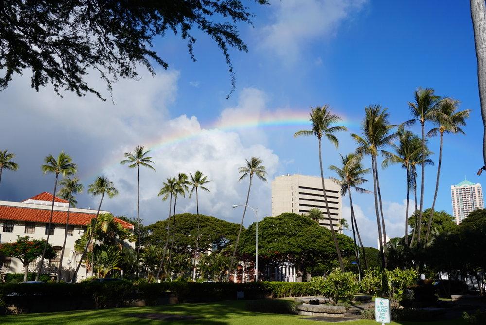 하와이에 도착한 지 사흘째 되는 날 만난 어여쁜 무지개