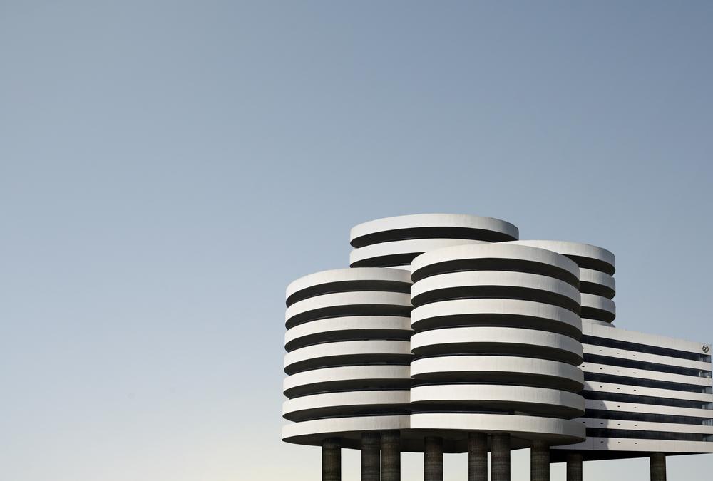 Round_building(flat).jpg