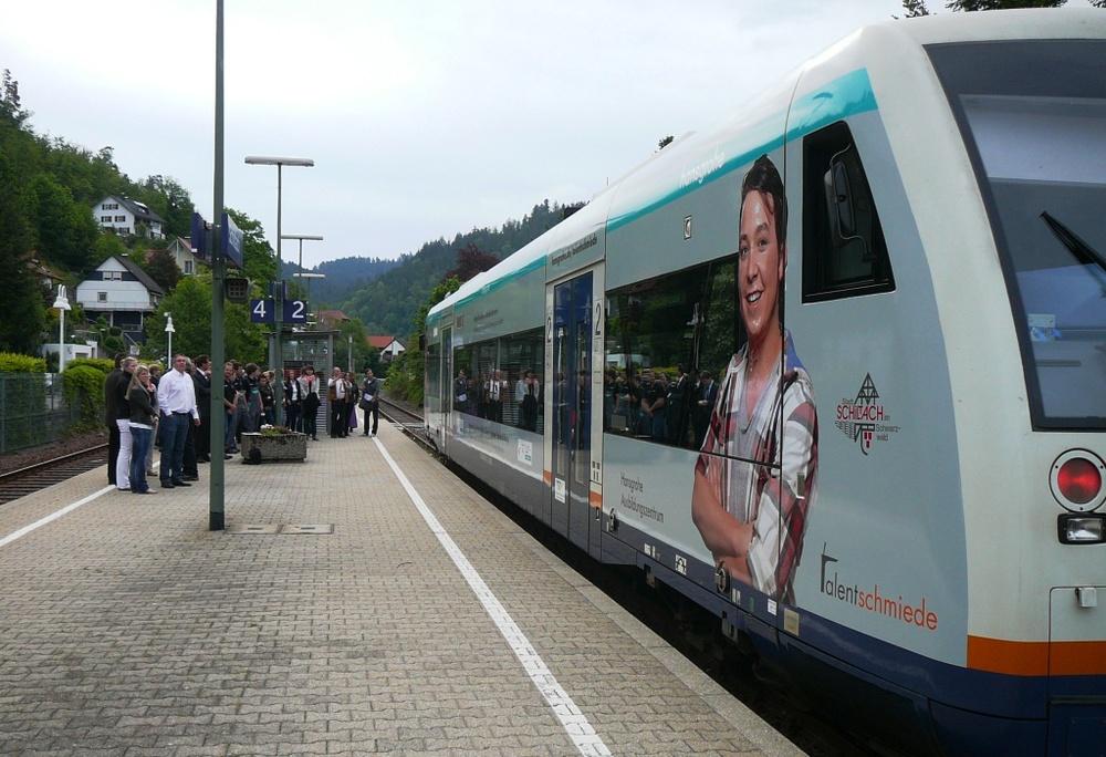 HANSGROHE, SCHILTACH — KWS Verkehrsmittelwerbung GmbH
