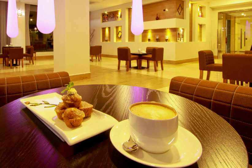 COFFEE SHOP - Royal Orchid Azure Hotel