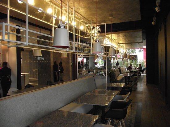 UTAMU - Ibis Hotel