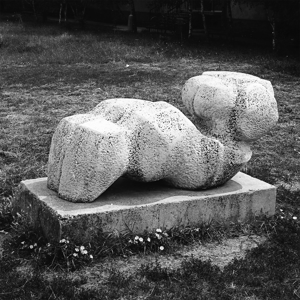 Mother Earth stone Galanta 1974 lenght - 260 cm