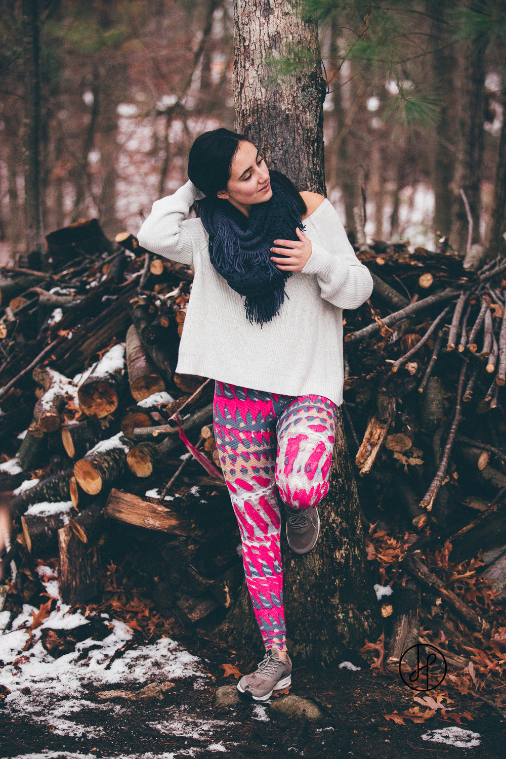 Pitanga_Winter_Fitness_Leggings_Jennifer_Helmka-6.jpg