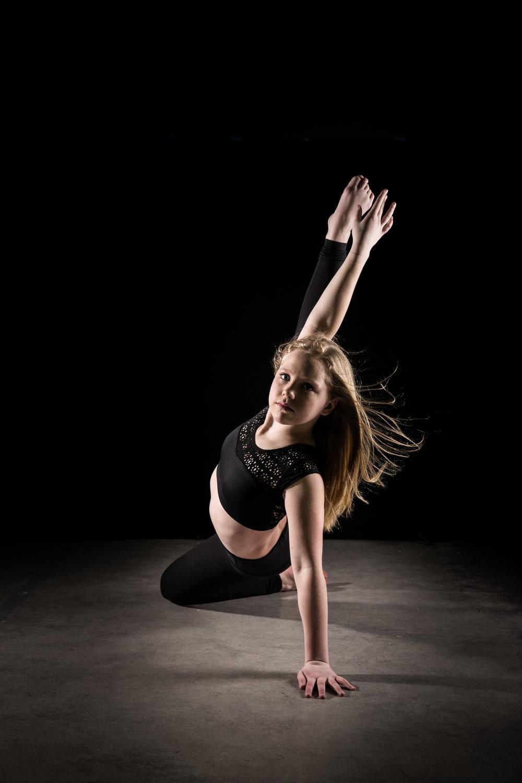 LR_Express_Dancer_Series-8.jpg
