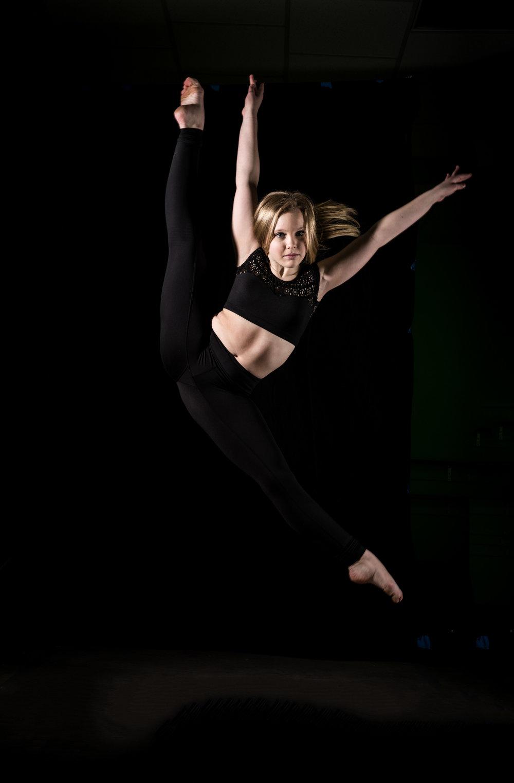LR_Express_Dancer_Series-13.jpg