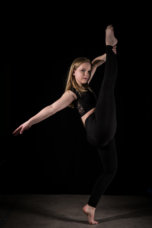 LR_Express_Dancer_Series-18.jpg