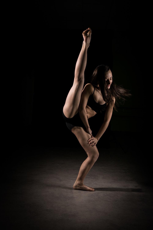 LR_Express_Dancer_Series-34.jpg