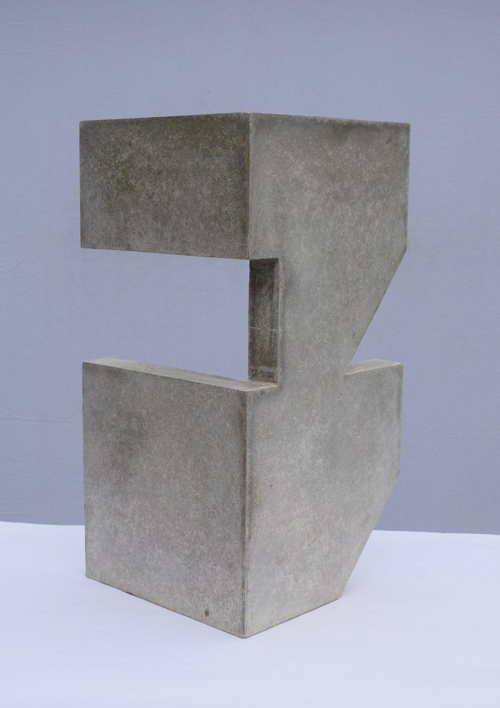 Sangar IV (60 × 30 × 30 cm)