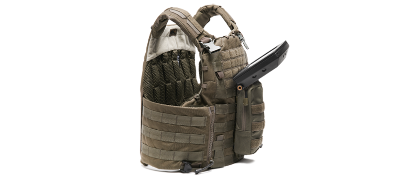 DF3d-Flat-Panel-Display-molle-mounted-open.png