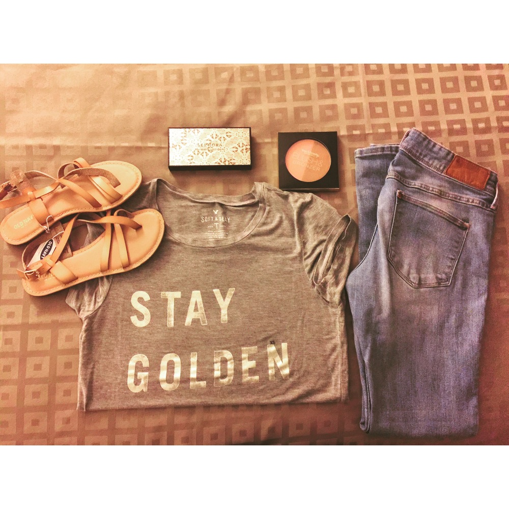 stay-golden-jeans-tshirts-sandals-oldnavy-americaneagle