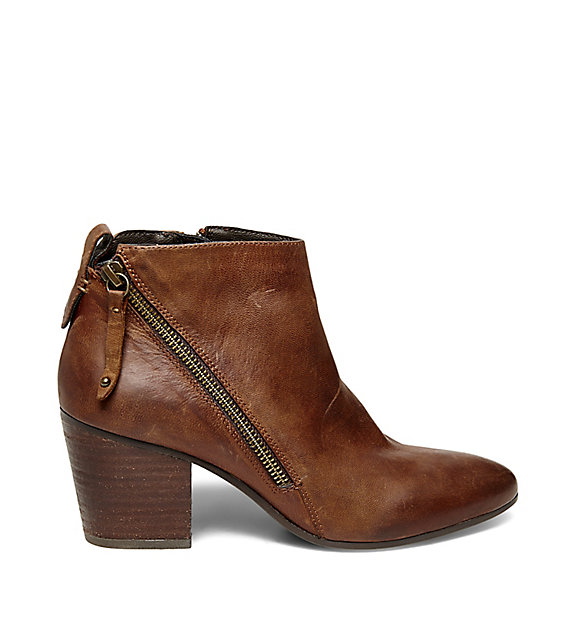 Fall Boot Must Haves | The Bootie